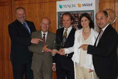 """Positioning Excellence Award"" for Lenzing AG"
